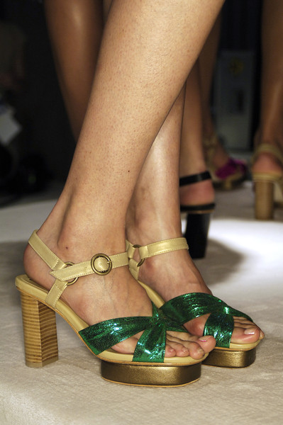 Vivienne Tam at New York Spring 2008 (Details)