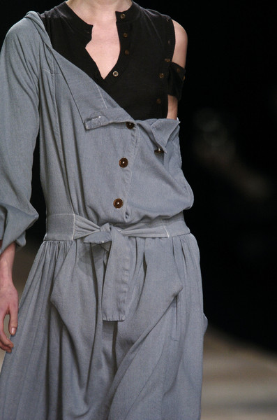 Vivienne Westwood at Paris Fall 2006 (Details)