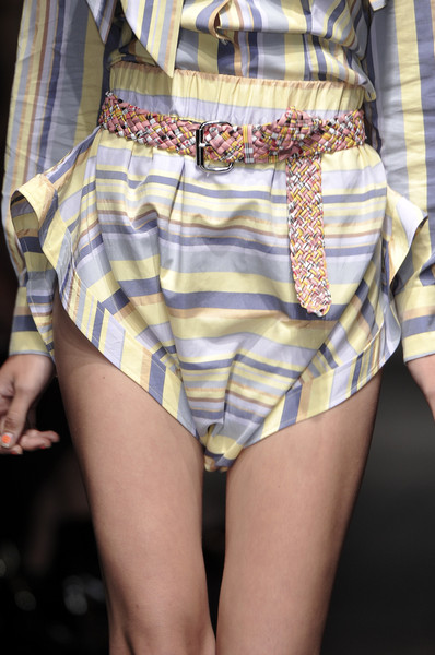 Vivienne Westwood Red Label at London Spring 2010 (Details)