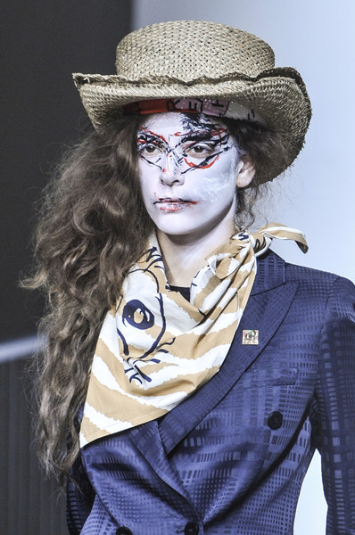 Vivienne Westwood at London Spring 2014 (Details)
