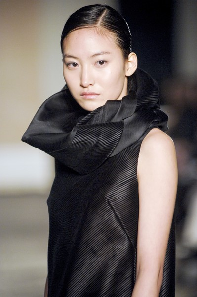 Yeohlee at New York Fall 2007 (Details)