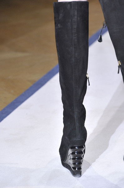 Yves Saint Laurent at Paris Fall 2011 (Details)