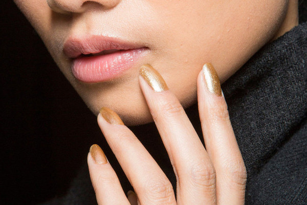 The Best Nail Looks at New York Fashion Week Fall 2015 - Livingly