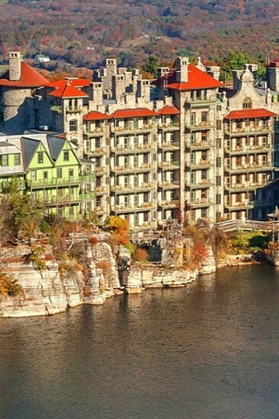 Christmas Cheer In Mohonk Mountain House