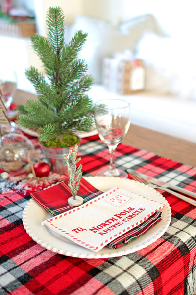 North Pole Themed Table