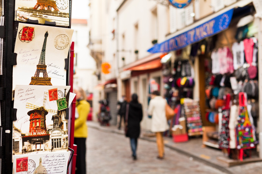 8 Magical Things That Happen When a Writer Visits Paris For the First Time