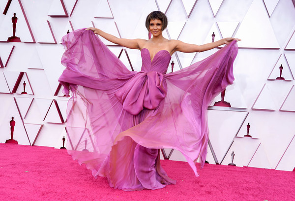 Halle Berry at the 2021 Oscars