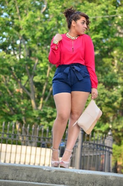 949d60c78c3 Plus-Size Date Outfits To Slay In · High Waist Shorts And Elegant Blouses