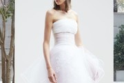 A Sneak Peek at Next Year's Most Beautiful Wedding Dresses