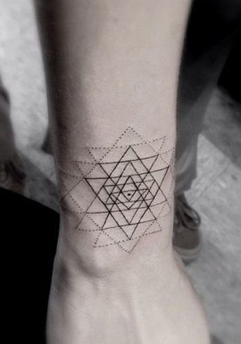 When Did Geometry Tattoos Start: The Breathtaking Detail In These