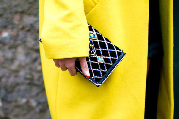 Street Style Spotlight: Turn Up the Brights