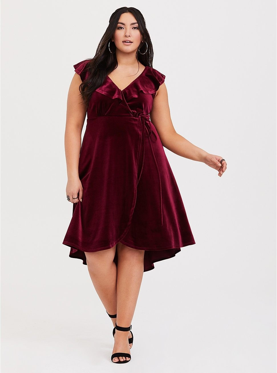 172b051a501 Best Plus Size Formal Dresses For 2019 - Things We Love - Livingly