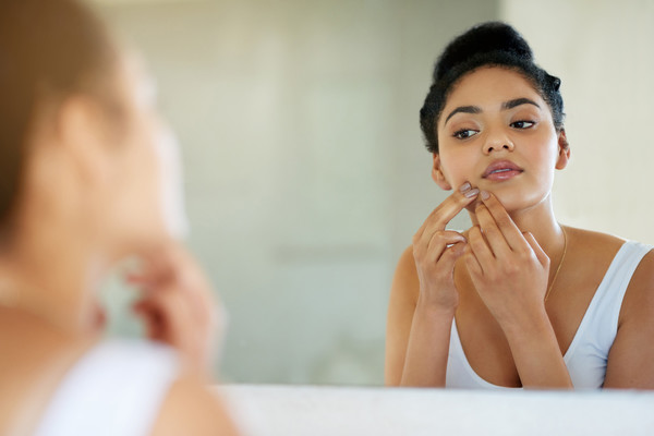 MYTH: Pop Your Zits to Get Rid of Them Quickly