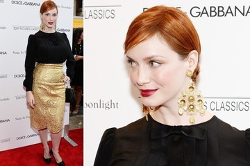 Christina Hendricks's Bold Gold Earrings