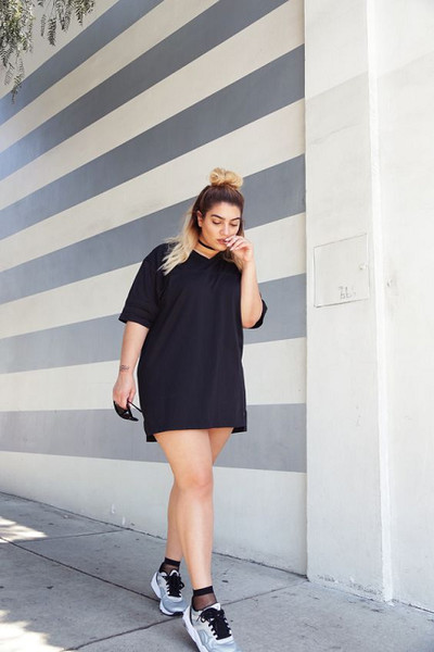 530760d3f1c Get Sporty With A T-Shirt Dress - Summer Roadtrip Outfit Ideas To ...