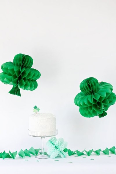 DIY Shamrock Honeycombs