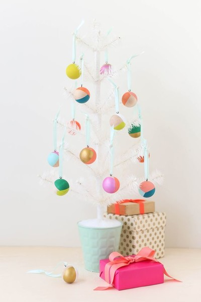 Minimalist Christmas Tree With Wooden Bulbs