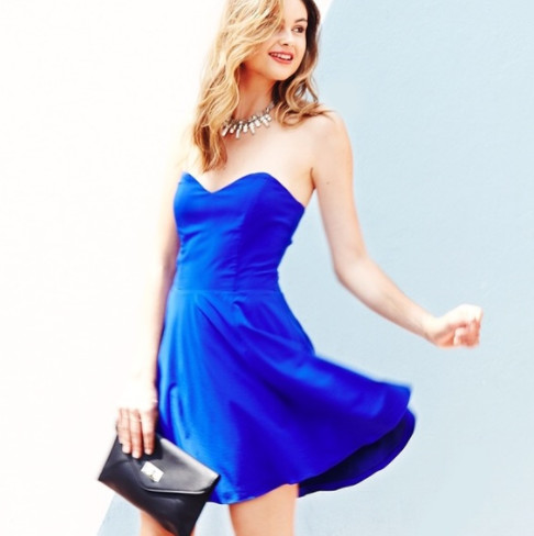 Strapless Dresses With A Sweetheart Neckline