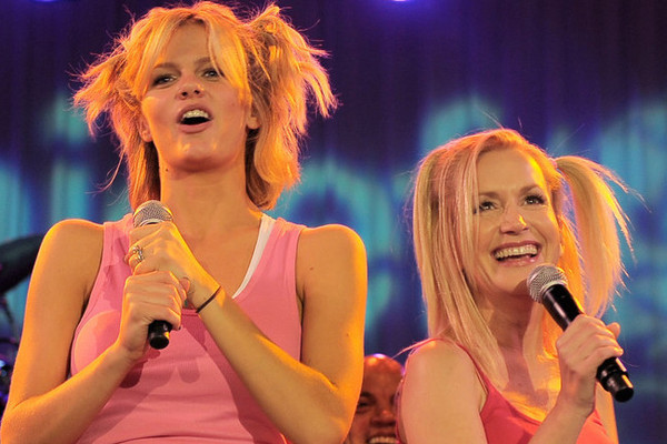 20 Of The Most Epic Karaoke Tunes For Women EVER