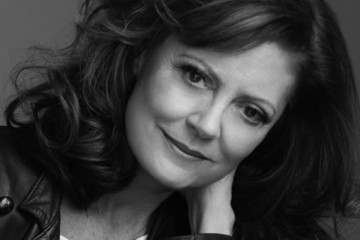 Susan Sarandon Talks Beauty, Becoming a Grandma, and What It Means to Be a Woman of Worth
