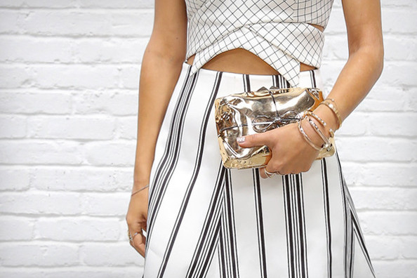 What to Wear: With a Full Skirt