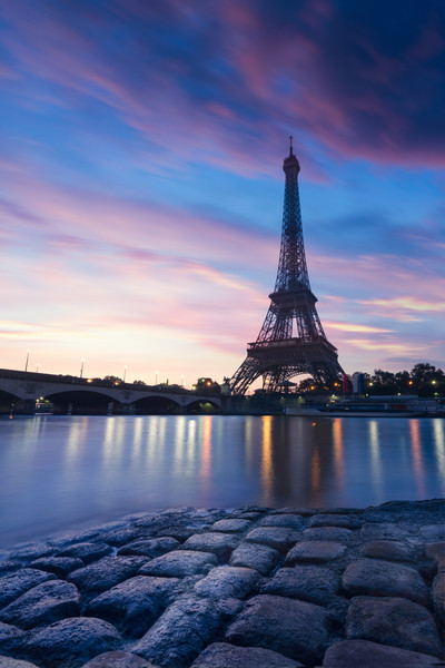 Barcelona Missed Out On The Eiffel Tower