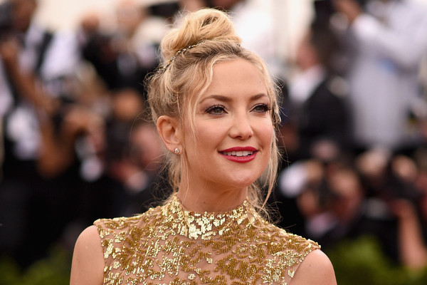 Kate Hudson's Most Glamorous Red Carpet Moments