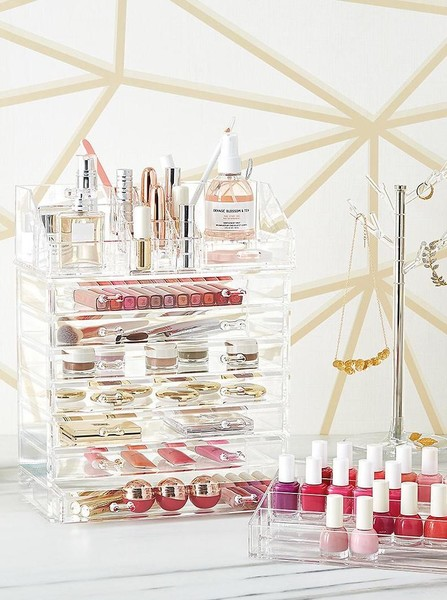 Makeup Organization Tip #1: Use Drawers