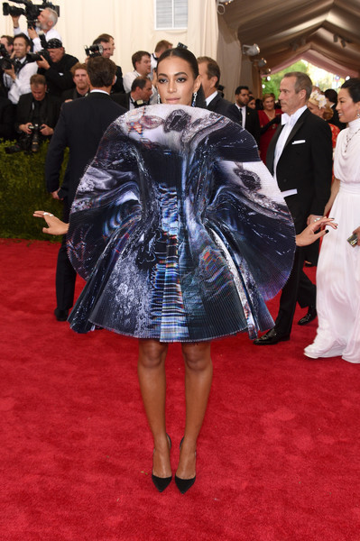 Solange Knowles in Giles, 2015