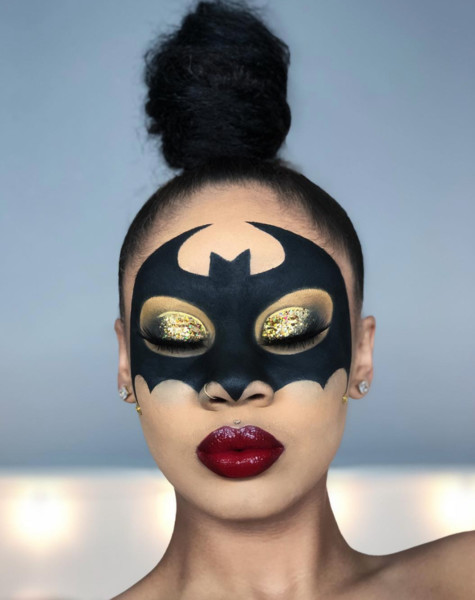 Bat Woman Hauntingly Gorgeous Halloween Makeup Ideas Livingly