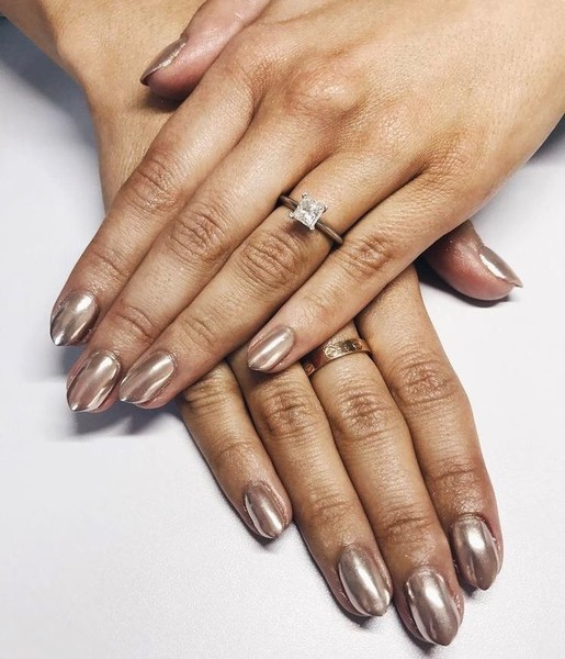 Nude Nails With Shimmer