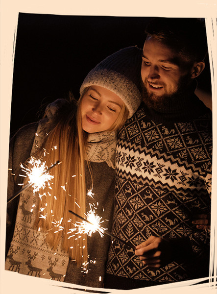 21 Romantic Ways to Kick Off the New Year as a Couple