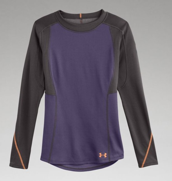 A Heat-Trapping, Sweat-Wicking Base Layer Top