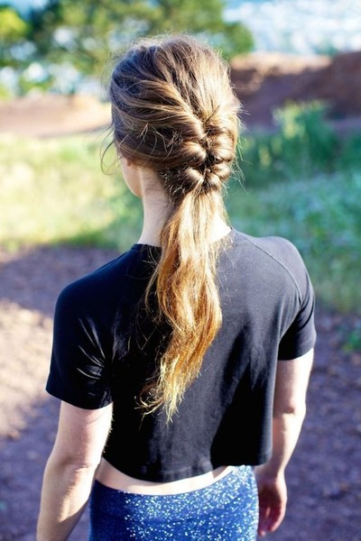5-Minute Pulled-Back Braid