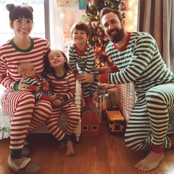 Nice and Striped - Holiday Family Photo Ideas That Are ...