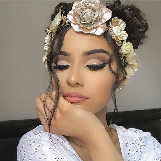 Cut Crease Eyeshadow Techniques That Are All