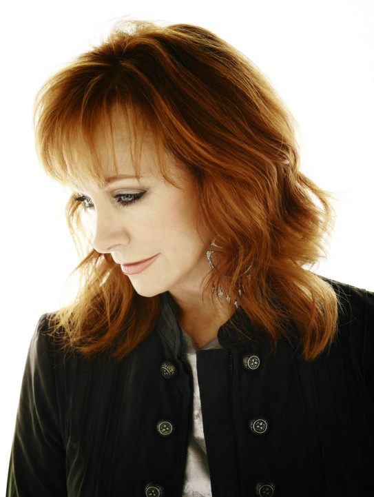 "Reba McEntire Tells Us How to Become the Ultimate ""Girl Boss"""