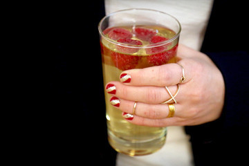 Sips and Tips: The Raspberry Sparkle Cocktail and Red Carpet Mani