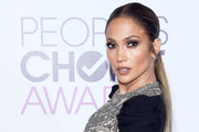 Best Dressed at the People's Choice Awards 2017