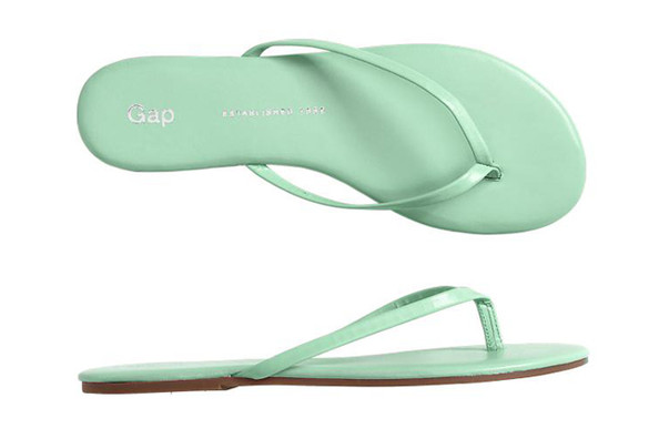 03ff2084c2b13 Gap's Pretty Leather Flip Flops - The Prettiest Pastels for Spring ...