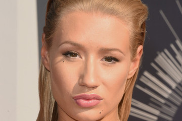 Iggy Azalea Pictures from the 2014 VMAs