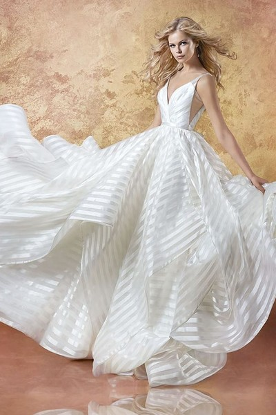 For the Spring/Summer Bride: The Decklyn Gown