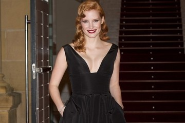 Jessica Chastain's Retro-Inspired Look
