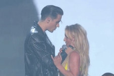 Britney Spears Was Having None of G-Eazy's Attempt at an On-Stage Kiss