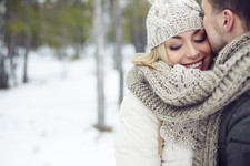 8 Festive Winter Date Ideas