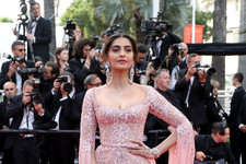 Look of the Day: Sonam Kapoor's Beaded Beauty
