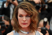 Milla Jovovich Medium Wavy Cut