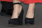 Isla Fisher Platform Pumps