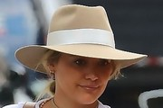 Hilary Duff Walker Hat