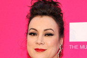 Jennifer Tilly Pompadour